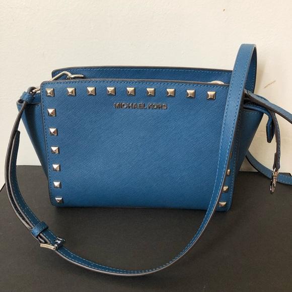 Michael Kors Handbags - Michael Kors Selma studded blue/silver bag small